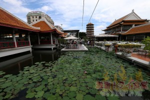 世界最大のレストランがバンコクに<br/>「ROYAL DRAGON(ロイヤルドラゴン)」
