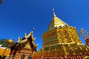 【チェンマイ】超有名寺院「ドイステープ」と<br/>有名ガイヤーン店「SPチキン」に初来訪!