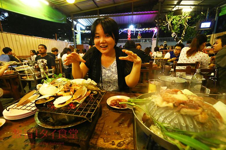 戦勝記念塔から10分 ムーガタと海鮮焼きが食べ放題の「N-JOYムーガタ」
