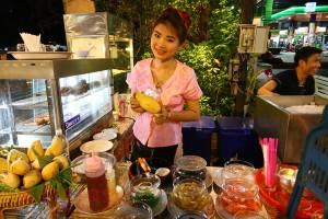 知る人ぞ知る!一風変わったイサーン料理店「Ton Thong」