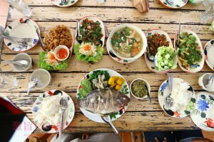 パヤオ県|地元タイ人がおすすめする<br/>北タイ料理店へ行ってみた
