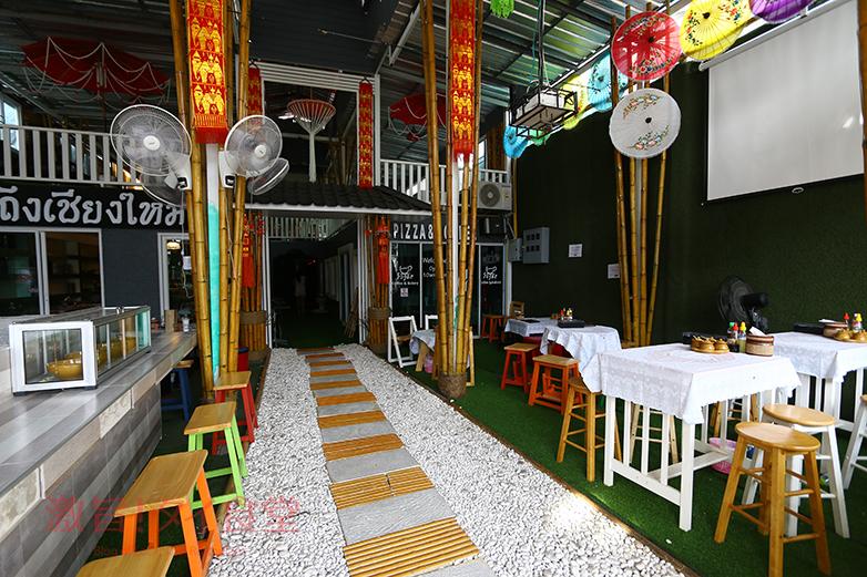 ラーン トゥン チェンマイ店内1