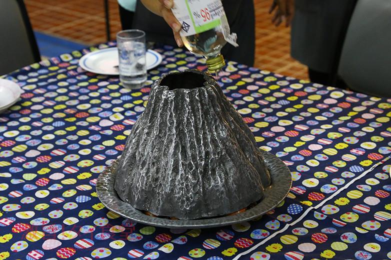 KUNG OB PHU KHAO FAIの鍋2