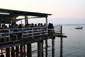 シラチャ在住日本人もほとんど知らない 海が一望できる超人気シーフード店『ジェーエート・シーフード』