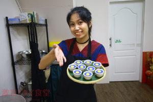 珍しいタイのお菓子を揃える カオサン『sane cafe & workshop』