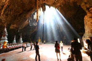 【終了】12/29 神秘の洞窟タムカオルアン&カニなどのシーフードを満喫する日帰り旅
